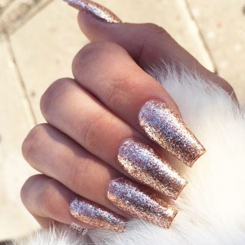 Sparkly Nail Art Designs With Gold Glitter picture 5