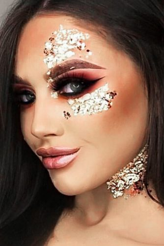 FestIval Makeup Looks With Glitter picture 1