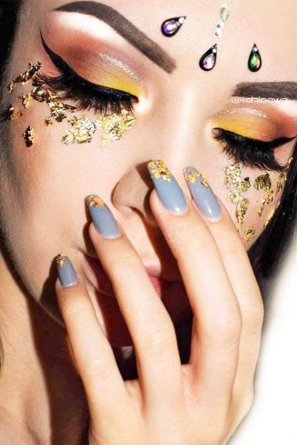 FestIval Makeup Looks With Glitter picture 5