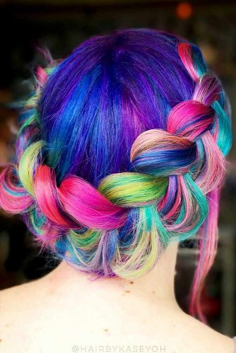 Stunning Hairstyle Ideas for Rainbow Hair Picture 5