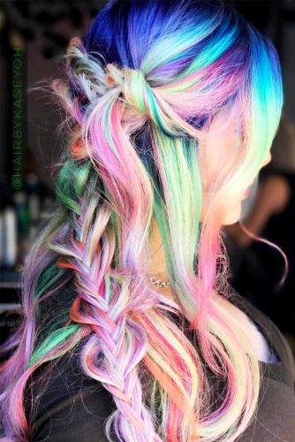 Stunning Hairstyle Ideas for Rainbow Hair Picture 6
