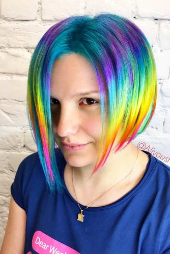 Short Hairstyles with Rainbow Coloring Picture 2