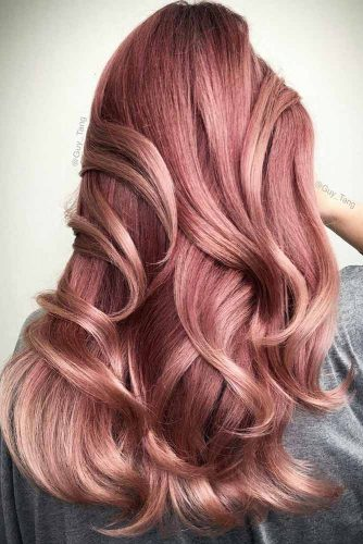Peachy Shades of Rose Gold Hair Picture 3
