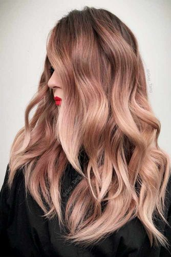 Peachy Shades of Rose Gold Hair Picture 2