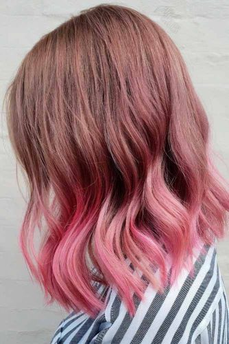 Stylish Natural And Rose Gold Ombre Hair #ombrehair #wavyhairstyles #mediumlengthhair
