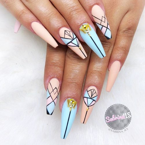 Geometric Shellac Nails Designs Picture 1