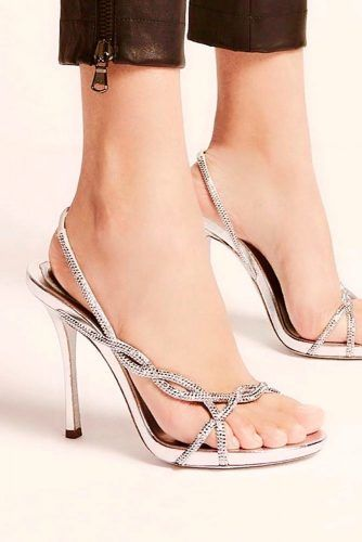 Twisted Silver Heels For Prom #rhinestonesheels #twistedheels