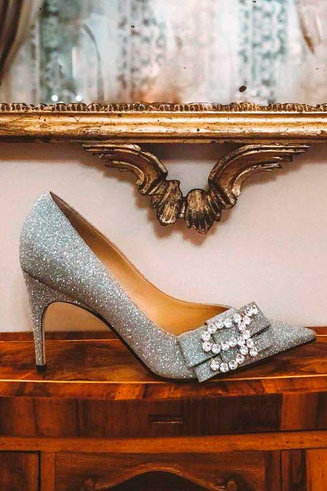 Elegant Prom Shoes With Rhinestones #rhinestonesshoes #sparklyheels