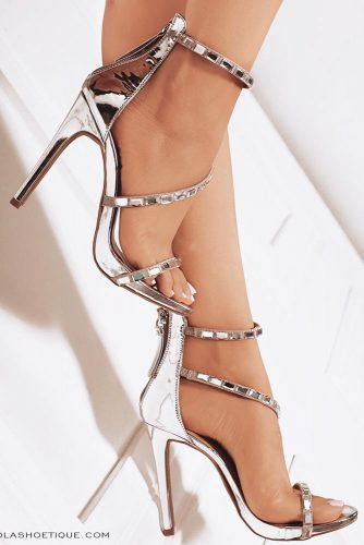 Awesome Metallic Silver Heels picture 2