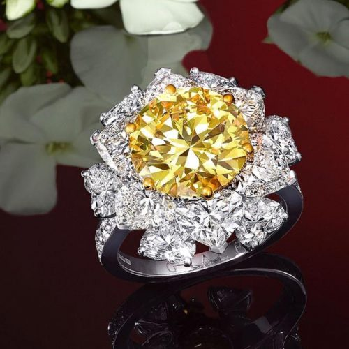 Incredible Beautiful Yellow Diamond Rings picture 2