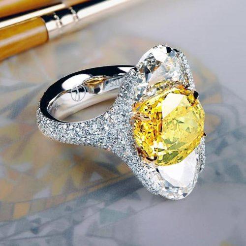 Incredible Beautiful Yellow Diamond Rings picture 1