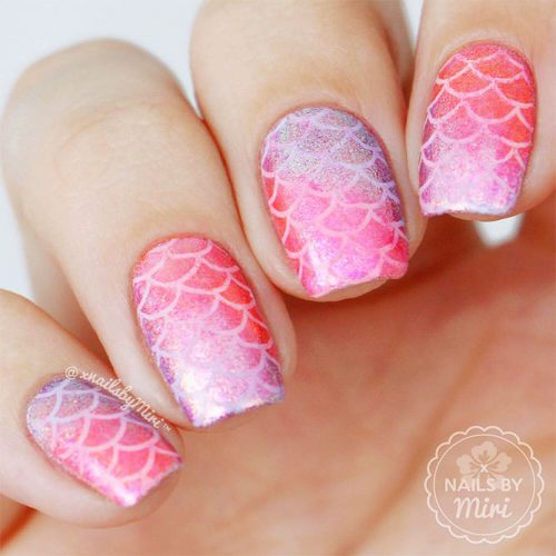 Lovely Acrylic Nail Designs with Ombre Picture 1