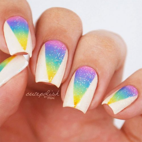 Lovely Acrylic Nail Designs with Ombre Picture 2