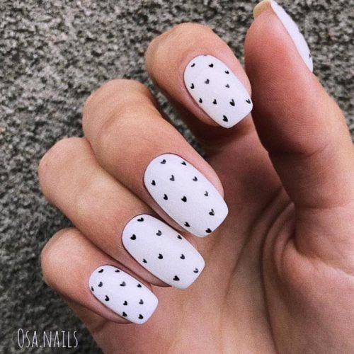 Acrylic Nail Design With Heart Patterned #patternednaildesign