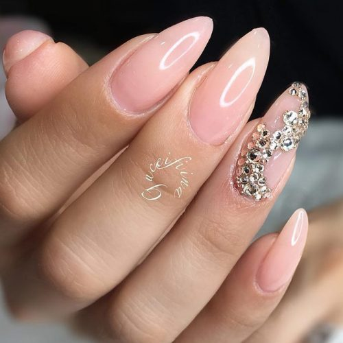 Freshest Almond Shaped Nails picture 1