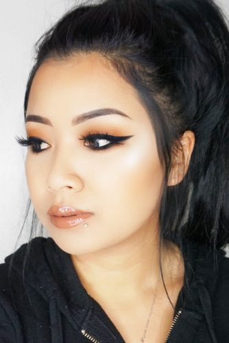 Asian Eyes Makeup With Eyeliner picture 2