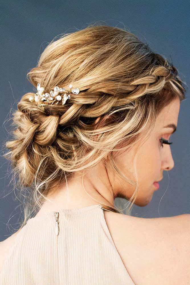 Beautiful Chignon Hairstyles With Braids Picture 6