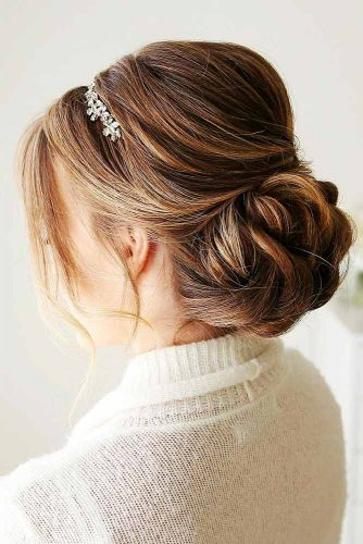 Chignon Hairstyles For Every Day Picture 6