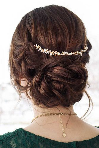 Amazing Chignon Hairstyles for Special Evenings Picture 2
