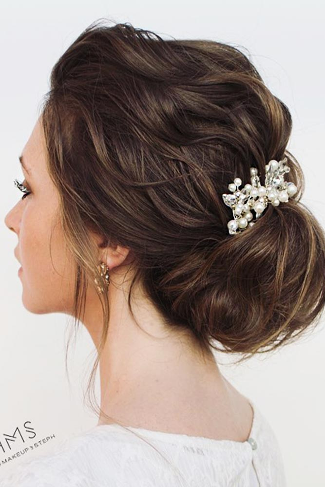 Amazing Chignon Hairstyles for Special Evenings Picture 1