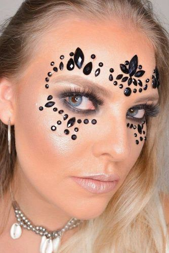 Black Crystals Makeup Look #blackcrystals