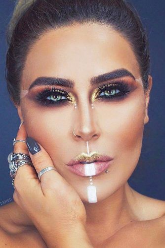 Minimal Tribe Makeup #smokey