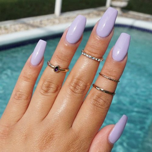 Simple Lilac Nail Design #easynaildesign #diynailsdesign