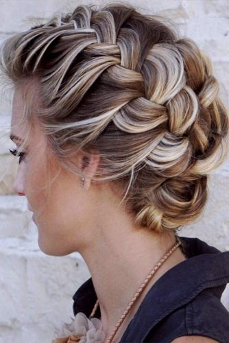 Beautiful Medium Hairstyles With Braids Picture 6