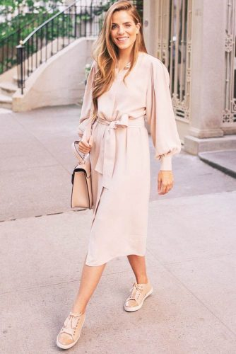 Modern Spring Dresses In Pastel Colors picture 3