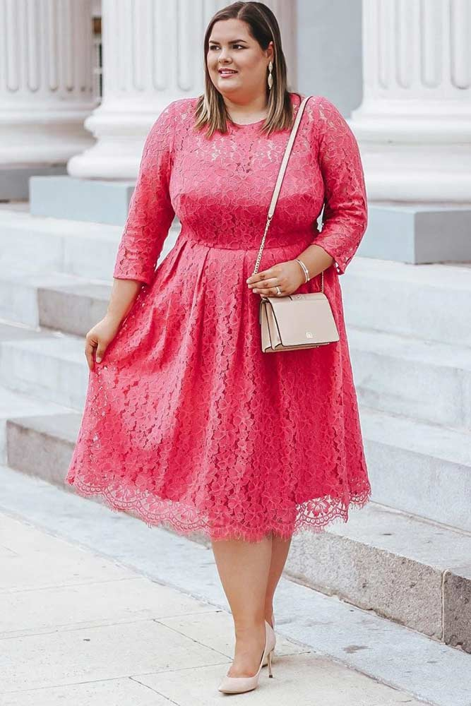 Pink Lace Plus Size Dress Design #lacedress #plussizedress