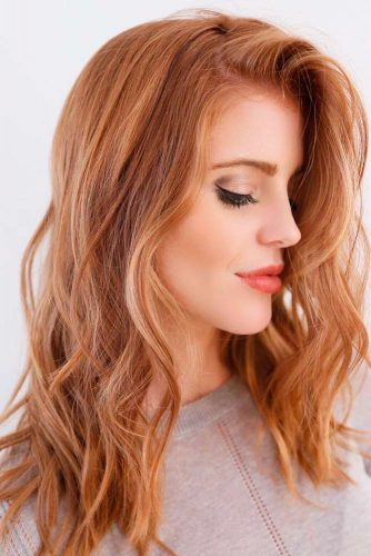 Soft Gold Blonde Shade to Make Your Hair Shine Picture 5