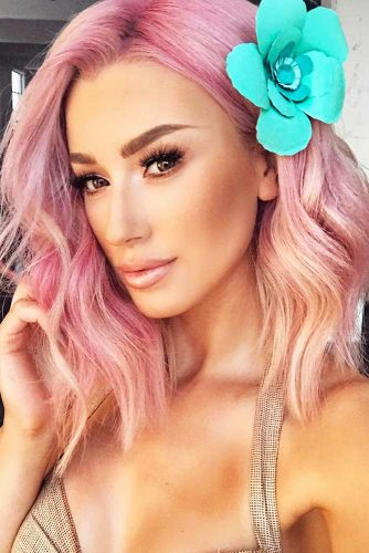 Pastel Pink Hair Color for a Breathtaking Spring Look Picture 2