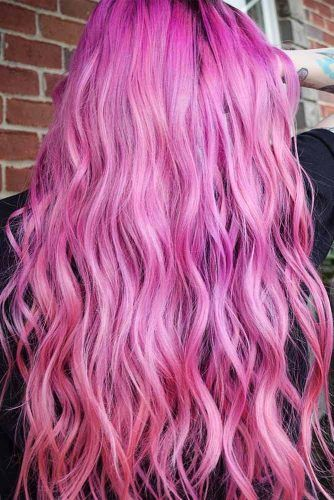 Pink Hair Color For Trendy Spring Look #pinkhaircolor #pinkhair #pastelpinkhair
