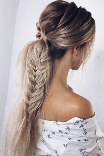 Ponytail Hairstyle With Braid For Spring Look #ponytail #braid