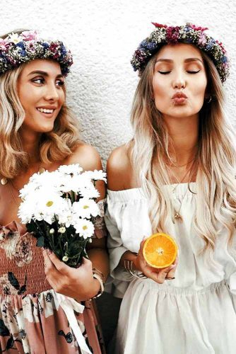 Flowers: Perfect Accessory for Your Spring Hairstyle Picture 3