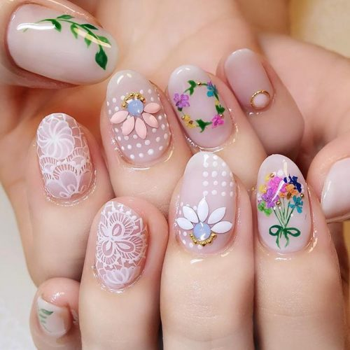 Spring Nails With Fragile Dried Flowers picture 1