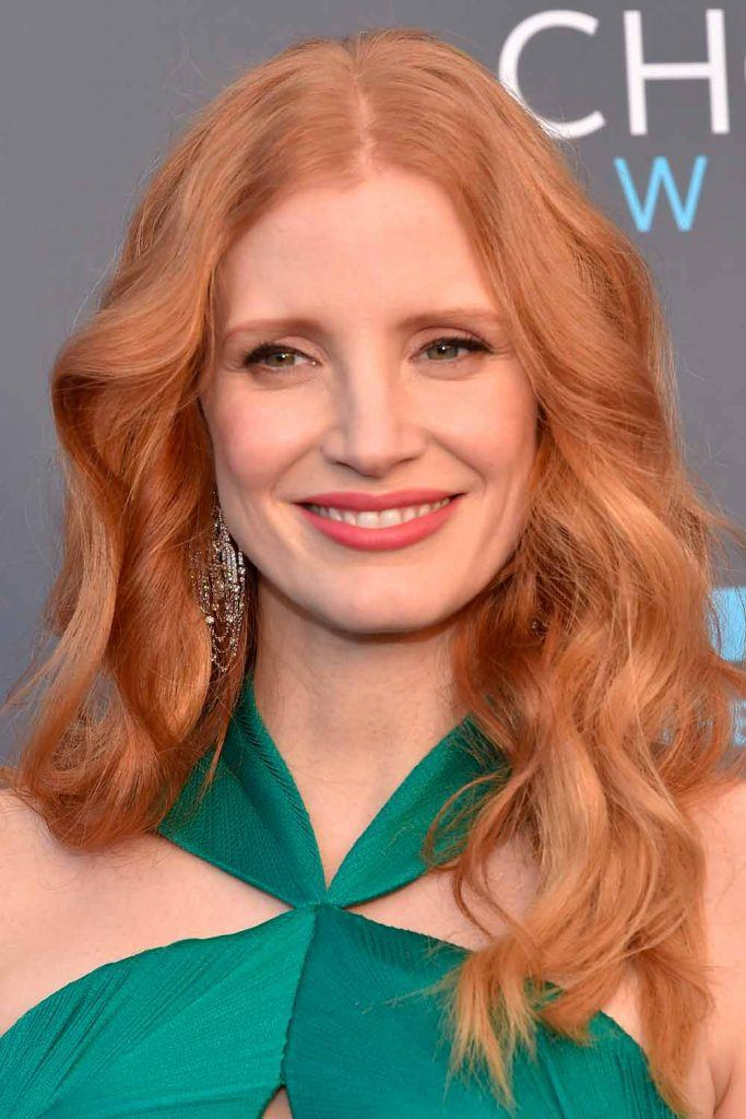 Reddish Strawberry Blonde Waves By Jessica Chastain #reddiahhair #jessicachastain