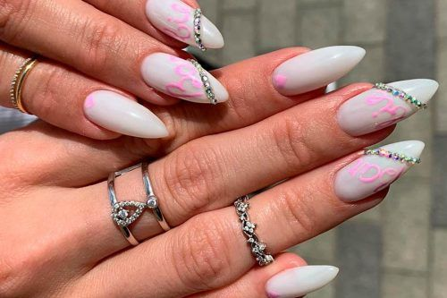 Breathtaking Designs For Almond Shaped Nails