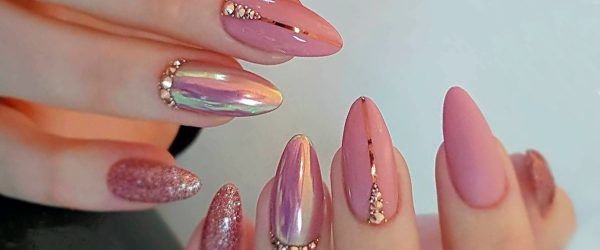 33 Breathtaking Designs For Almond Shaped Nails