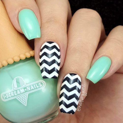 How To Prepare Your Nails For a Chevron Design Picture 6
