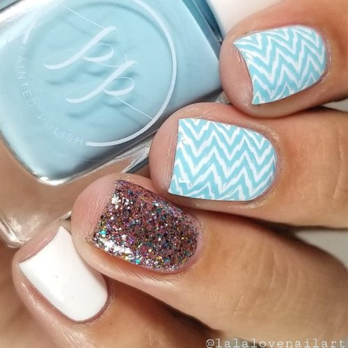 Chevron Nail Design With Glitter Accent #glitteraccent #shortnails