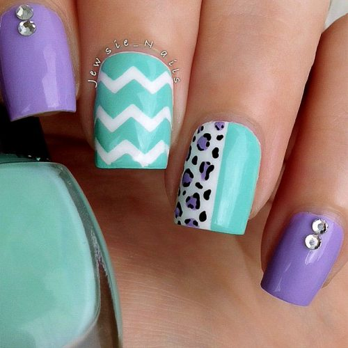 More Ideas For Your Chevron Nails Picture 2