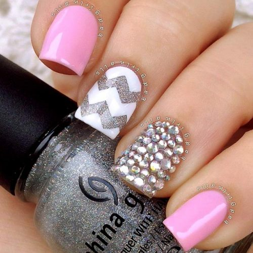 Chevron Design For Nails: Fun And Easy Picture 4