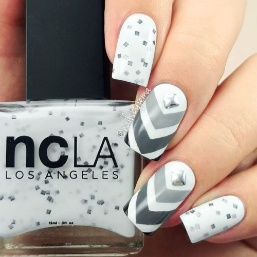 Some Useful Tips For Your Chevron Nails Picture 6