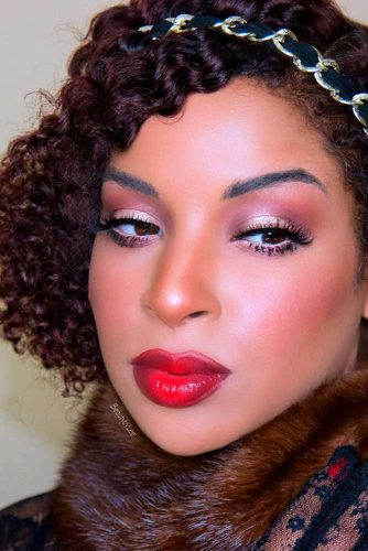 Super Easy One-Minute Hairstyles For Curly Hair Picture 6