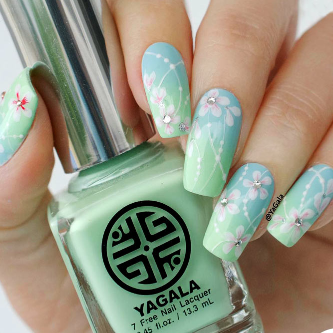 Trendy Flower Nail Designs Picture 2