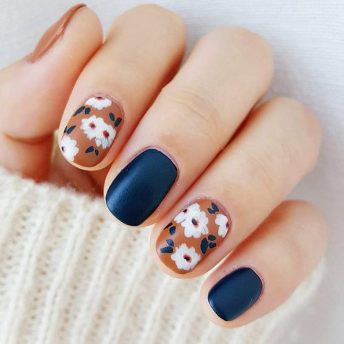Fall Nails With Flowers Picture 3