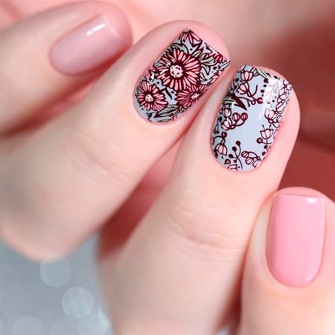 Quick And Easy Stamping Flowers #shortnails #squarenails #nudenails