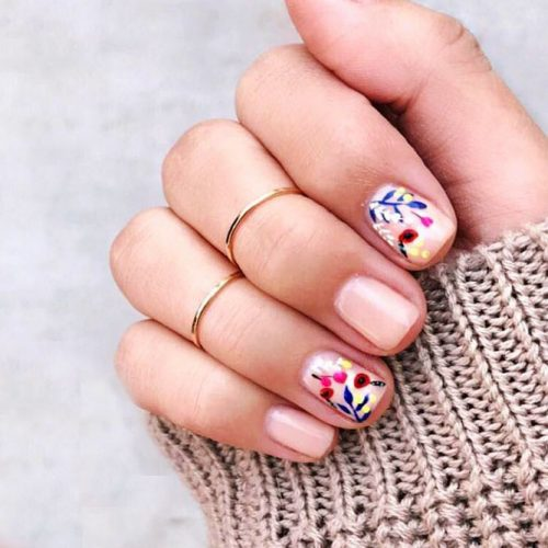 Nude Floral Mani Picture 2