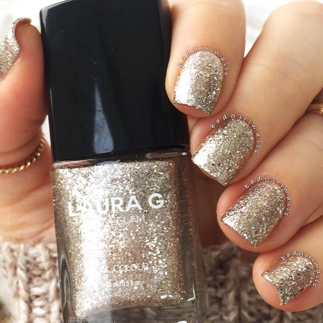 Every Day Is A Holiday With Gold Glitter Nails Picture 2